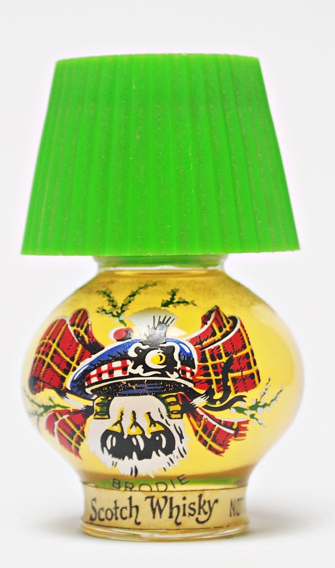 Scotch Whisky Green Lamp