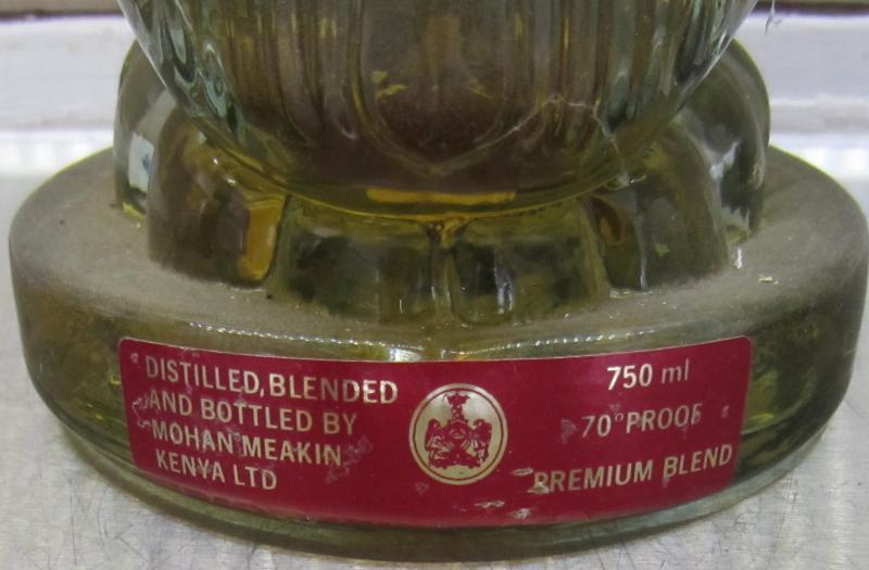 Golden Eagle Whisky Premium Blend MoMe