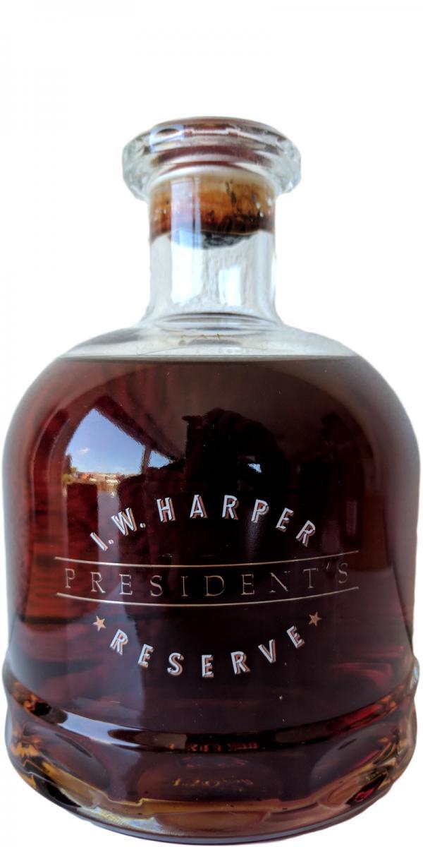 I.W. Harper President's Reserve